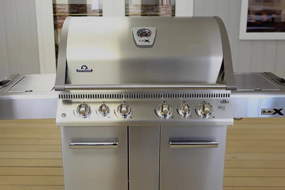 High-end stainless steel grills at an affordable price. Napoleon's LEX Series gas grills are an entire outdoor kitchen in one affordable cabinet.