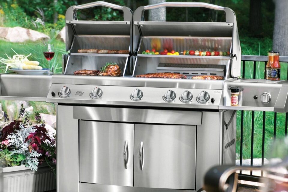 Napoleon Gas Grills are a work of functional art. They have everything you need to have an entire outdoor kitchen experience in one grilling unit.