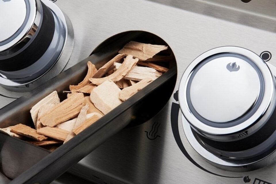 The integrated wood chip smoker tray turns your Napoleon gas grill into a top-notch smoker